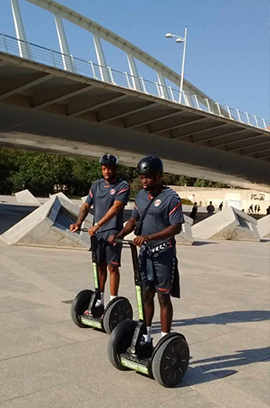 Segway and bike tour, the best tours of the historical center and the City of Arts and Sciences.