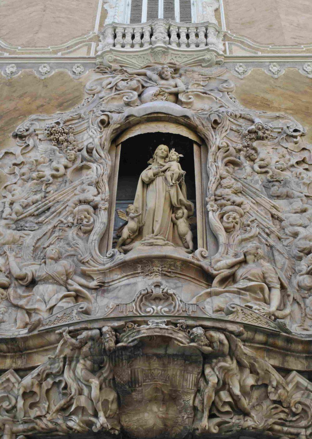 Las mejores visitas de Valencia, los mejores tours por el centro histórico y por la Ciudad de las Artes y las Ciencias, los mejores guías turísticos y rutas