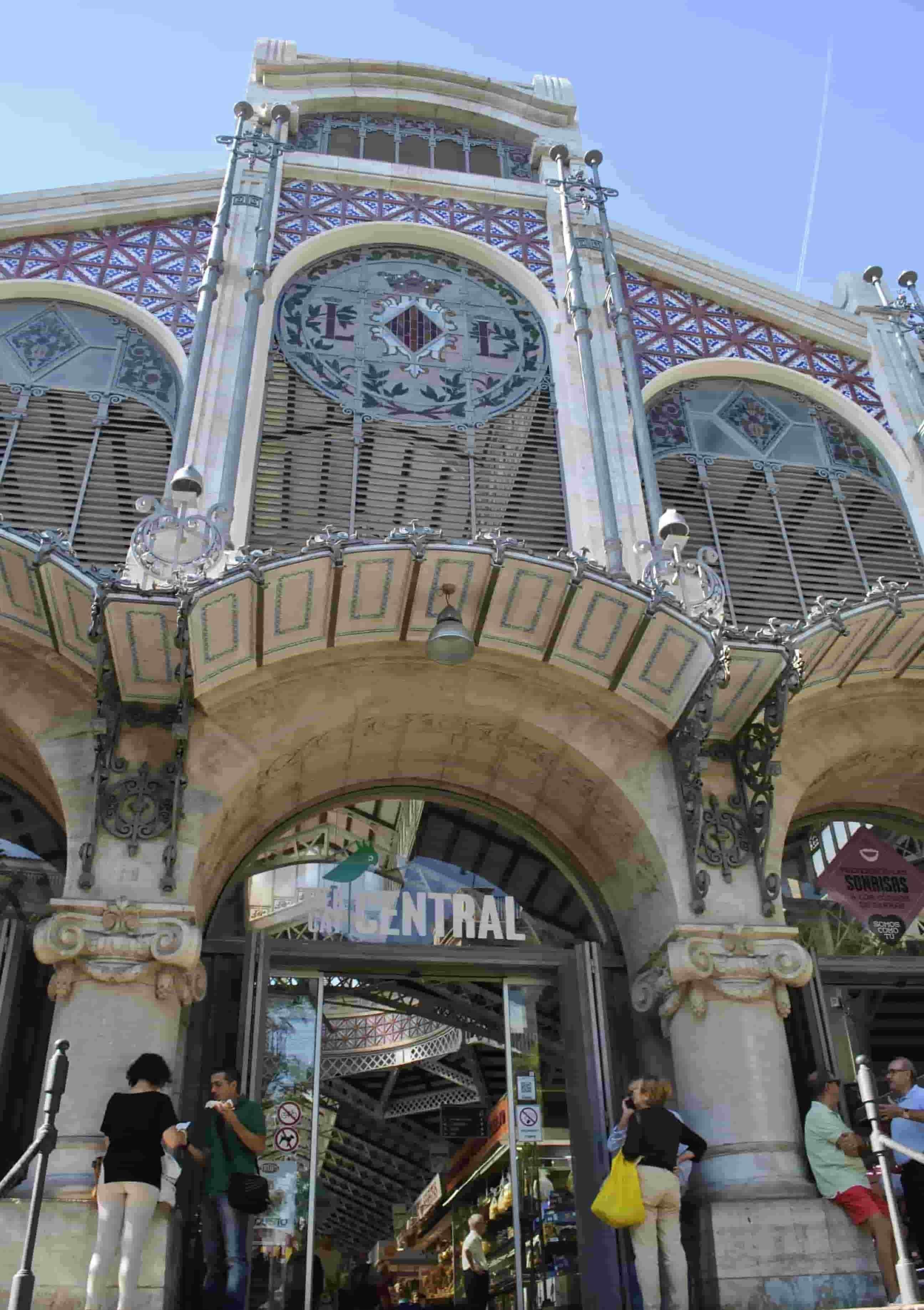 Visita turística por el modernismo de Valencia.